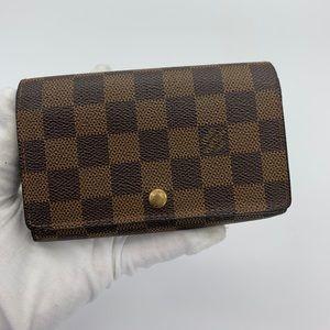 Louis Vuitton damier ebene compact wallet